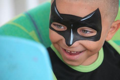 DIY Batman Face Paint #DIY #FacePainting #Halloween #Costumes #HalloweenCostume #Birthdays #Birthday #Party #Parties #SuperHero #SuperHeroes