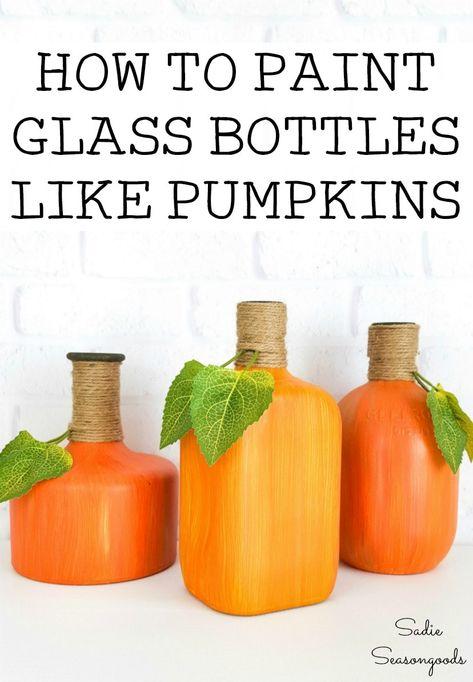 Glass Liquor Bottles, Painted Glass Bottles, Painting Glass Jars, Glass Bottle Crafts, Bottle Painting, Bottles And Jars, Decorating With Glass Bottles, Hot Sauce Bottles, Decorative Gourds