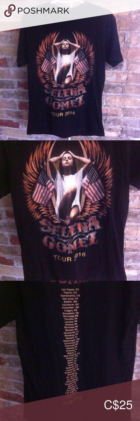Selena Gomez 2016 Revival Tour T-shirt Selena Gomez 2016 Revival Tour T-shirt Size Medium In excellent condition Selena Gomez Tops Tees - Short Sleeve
