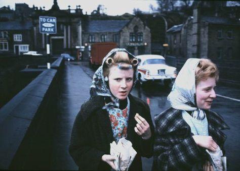 John Bulmer's photograph of mill girls at Elland, Yorkshire, 1965