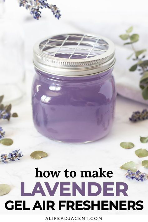 Doterra, Diy Aromatherapy Candles, Soap Recipes, Easy Recipes, Homemade Candles, Essential Oil Uses, Living Oils, Natural Cleaning Products, Air Freshener