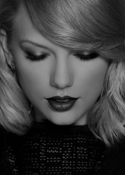 Taylor Swift my favorite singer