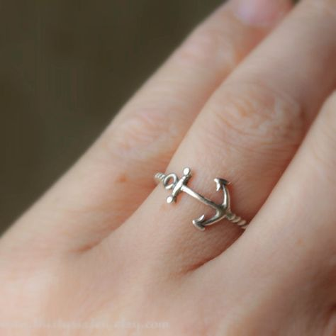 Anchor Ring!!! omg so pretty! <3