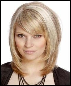 Moderne Frisuren Frauen Mittellang Ab 40 Frisuren Frauen Meine Frisuren Medium Layered Hair Medium Length Hair With Bangs Medium Hair Styles