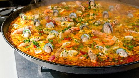 Classic Spanish Seafood Paella Recipe MAN'S BLACK BOOK