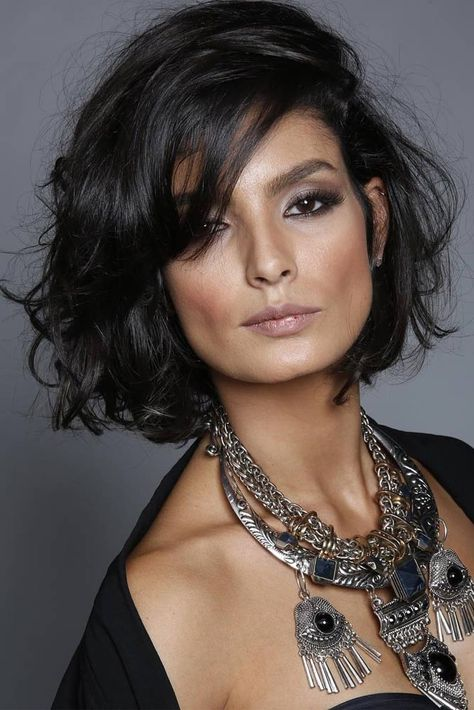 Short Curly Hair: Discover Your Hair Type In Depth | Glaminati.com