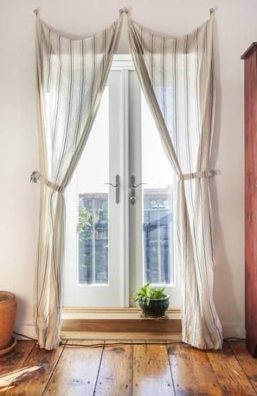 Apartment balcony curtains couch 37 ideas - Rental Apartment ...