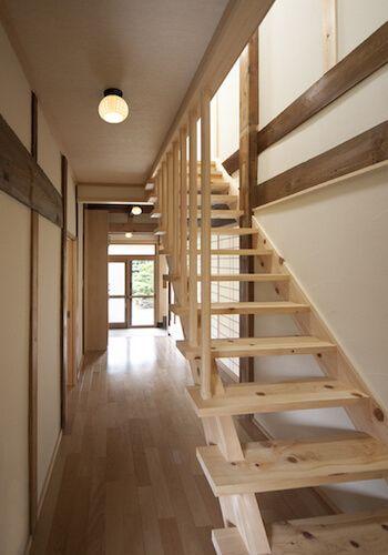 開放的な家になる スケルトン階段のメリット デメリットと実例5選