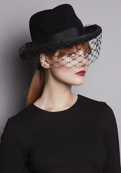 342d6041f R18W24 - Black felt Homburg hat with honeycomb face veil | Καπέλο ...