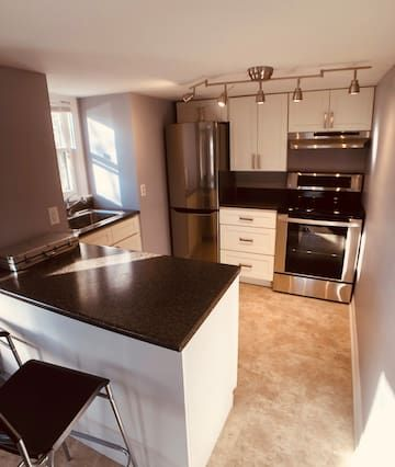 Downtown Dartmouth 1 Bedroom Apt With Harbour View Apartments For Rent In Dartmouth Apartments For Rent One Bedroom Apartment Rent