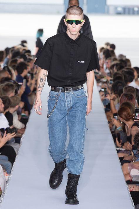 Vetements | Menswear - Spring 2019 | Look 11