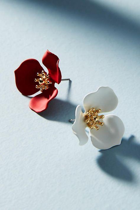 33e676d1b401 Slide View  2  Dogwood Flower Post Earring Set