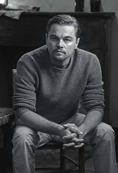 Did Leonardo DiCaprio just become a cat daddy or something? He's looking extra fine right here.