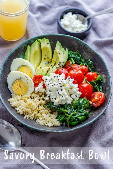Breakfast Recipes This savory breakfast bowl recipe is not only easy to make, but also versatile. Add, omit or substitute anything you want! This post also includes healthy meal plan recipe ideas. Quinoa Breakfast Bowl, Savory Breakfast, Healthy Breakfast Recipes, Healthy Snacks, Healthy Eating, Healthy Recipes, Yummy Healthy Food, Breakfast Ideas, Happy Healthy