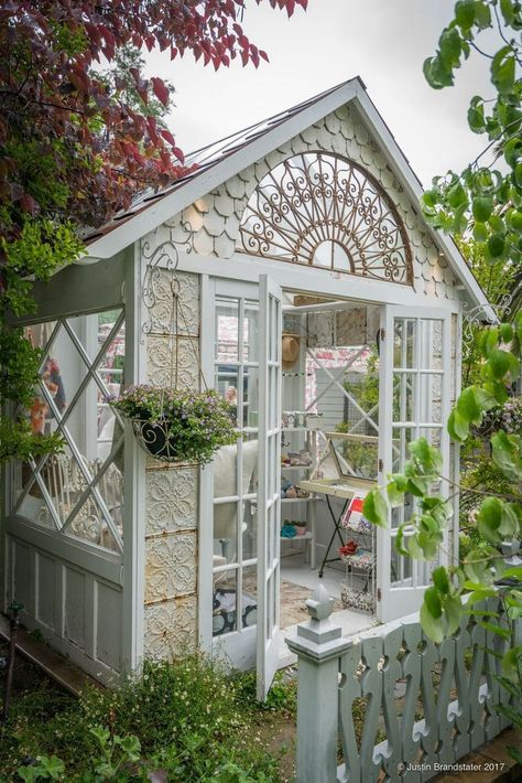 garden shed 40 wundervolle She-Sheds Dekor - garden Greenhouse Shed, Small Greenhouse, Greenhouse Wedding, Greenhouse Gardening, Old Window Greenhouse, Gardening Tips, Small Gazebo, Gardening Magazines, Container Gardening