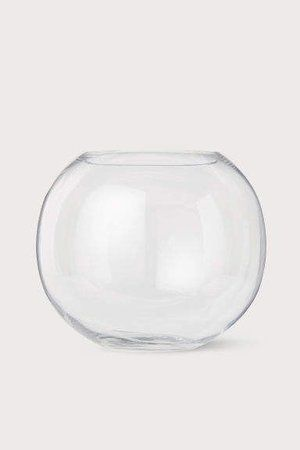 Get The Look A Contemporary Living Room Edesign Round Glass Vase Glass Vase Large Glass Vase