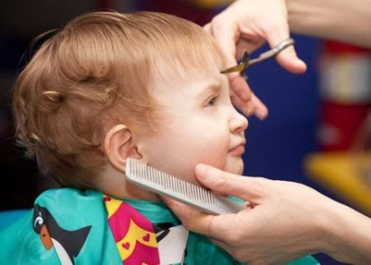 Are You Worried About Giving Your Kid An Easy And Sweet Haircut You Just Need To Follow Fun Ways Which Will Make Y Kids Salon Toddler Haircuts Kids Hair Salon