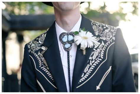When Arizona cowboy chic meets hipster Brooklyn: a twang-friendly wedding | Offbeat Bride