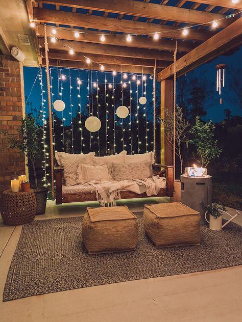 Outdoor Spaces, Outdoor Living, Outdoor Decor, Casa Patio, Diy Porch, Backyard Patio Designs, Balcony Design, House Design, Bed Design