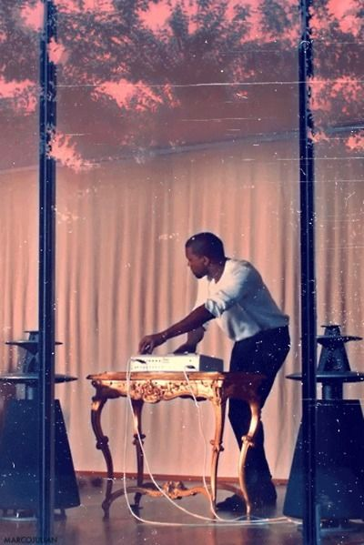 Pin By Justin Hood On Aesthetics Beautiful Dark Twisted Fantasy Rap Beats Kanye West Style