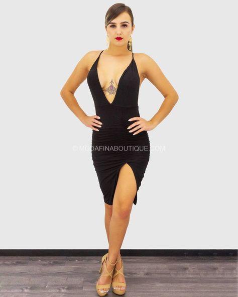 Model wearing size Small Model is 5'7