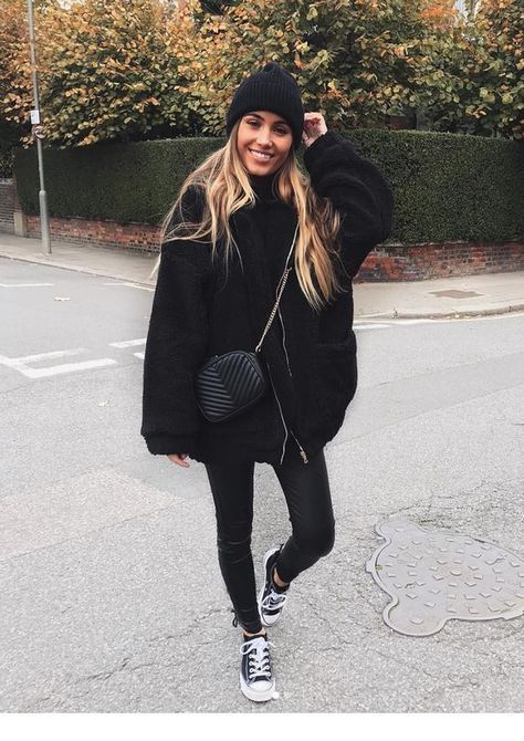 Timeless Black and White Outfits - Fashion - Wintermode