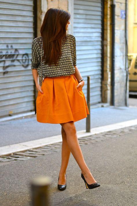 Jupe colorée - escarpins pointus