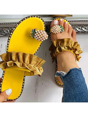 Casual sandals, Toe ring sandals