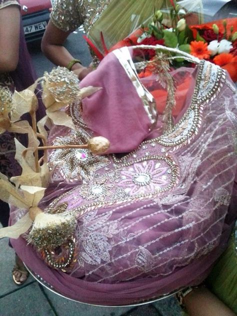 Wedding Parcels In 2019 Decorations