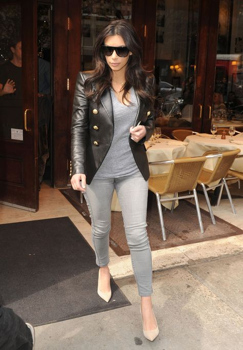 Kim Kardashian Grabs Lunch In New York City
