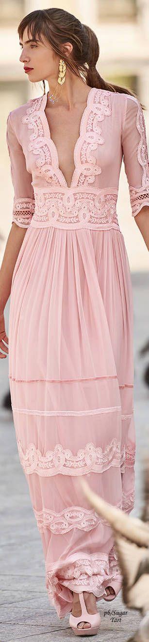Vestido Fortunata | La espalda, Vestido largo y Tul