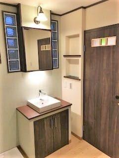 室内ドアの小窓にデザインガラス3種類を使用した事例 京都府京都市 N
