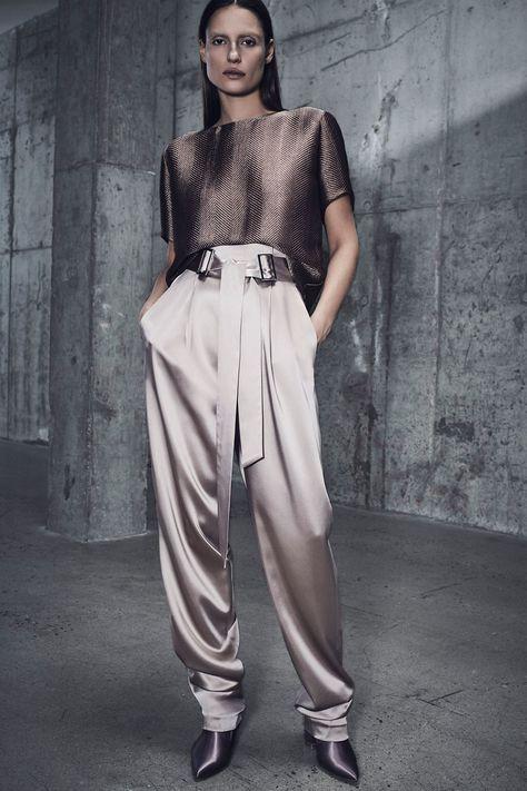Sally LaPointe Pre-Fall 2018 Fashion Show Collection: See the complete Sally LaPointe Pre-Fall 2018 collection.