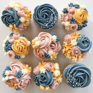 Create beautifully decorated Wilton cakes, cookies, cupcakes and candy with unique ideas, supplies and step-by-step instructions. Cupcake Decorating Tips, Wilton Cake Decorating, Cake Decorating Techniques, Pink Cupcakes, Yummy Cupcakes, Flower Cupcakes, Wedding Desserts, Wedding Cupcakes, Birthday Cupcakes For Women