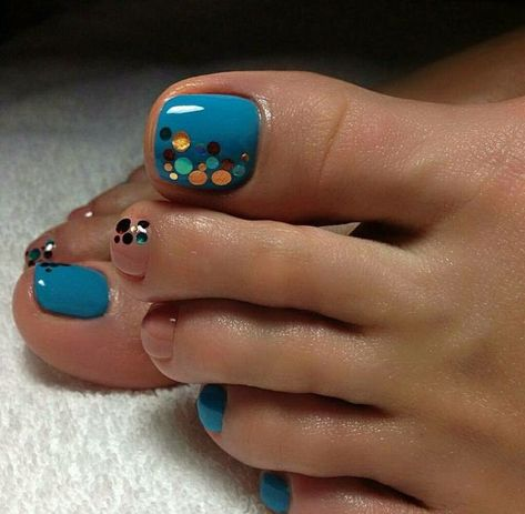 40 toe nail art designs to keep up with trends 021
