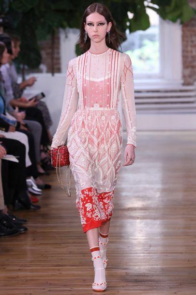 Valentino Resort 2018 Fashion Show - Lorena Maraschi