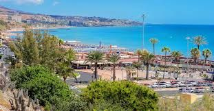 Servatur Waikiki Playa Del Ingles Gran Canaria Google Search Playa Del Ingles Couples Cinema Nurse Next Door