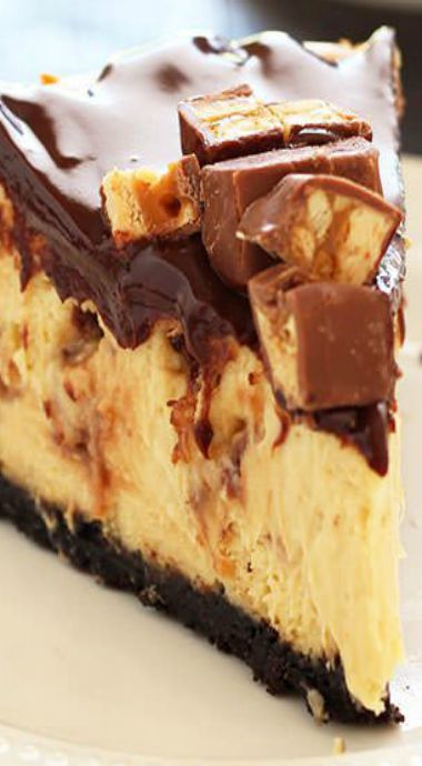 Snicker's cheesecake