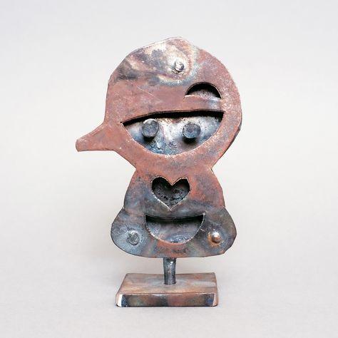 Le Bebe Geant En Metal Realise Par Des Artisans A
