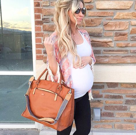 Natalie Jensen of A Mama in Love Blog with her PacaPod Mirano diaper bag