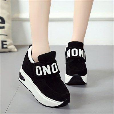 Yeni Tasarim Siyah Renk Yuksek Taban Bayan Ayakkabi Bayanayakkabi Ayakkabi Yenisezon Fashion Trend Moda Sporayakkabi Bayan Ayakkabi Ayakkabilar Siyah