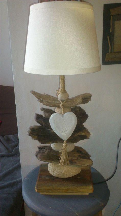 Lampes En Bois Flotte Et Galets Creation Artisanale Et Originale