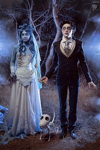 100 Best Couples Costumes & Matching Costumes For Halloween 2018 – Daily Fashion Corpse Bride Costume, Couples Halloween, Cute Couple Halloween Costumes, Best Couples Costumes, Disney Costumes, Halloween 2018, Halloween Outfits, Cosplay Costumes, Costume Makeup