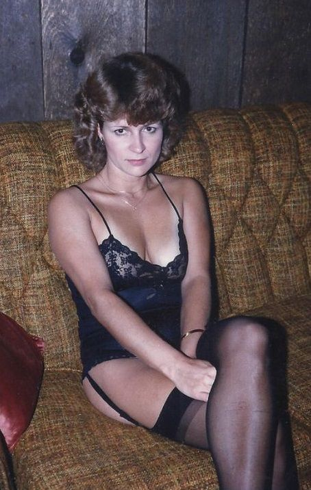 Vintage Mature In Stockings