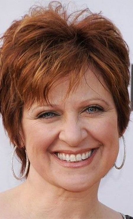 20 Short Hairstyles for Round Faces Over 50