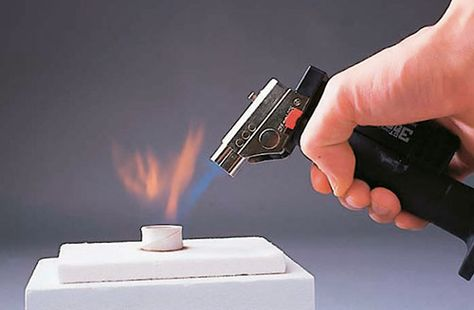 How To: Torch-firing Metal Clay | Art Jewelry Magazine - Come cuocere a cannello il metal clay