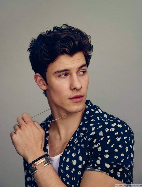 Shawn Mendes: el príncipe del pop para The Observer Magazine