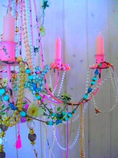 http://romulyyli.blogspot.fi/ pastel and bright kitsch chic chandelier