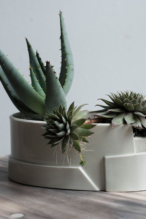 Porcelain Tiered Planter