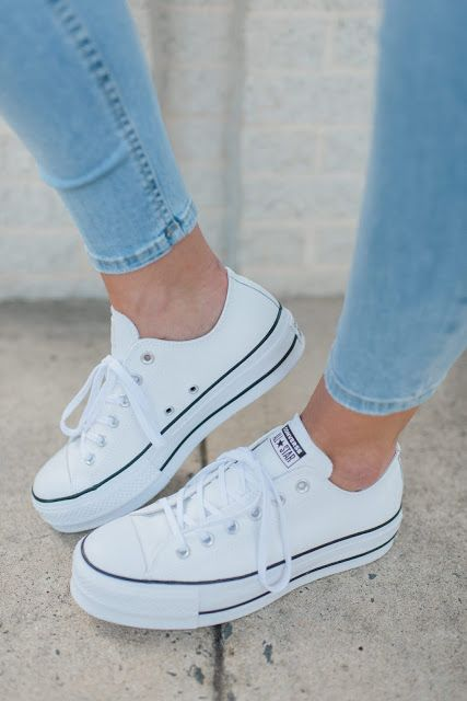 Be Nice Tee Jeans With Images Trending Shoes Trending